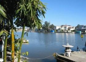 FC10 lagoon view